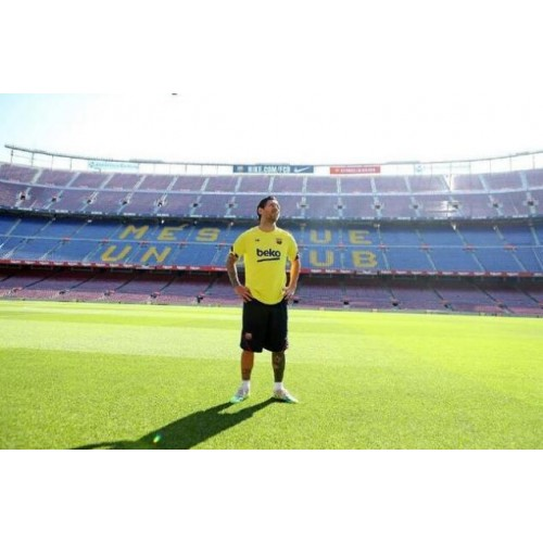 Messi se vrací do Camp Nou!