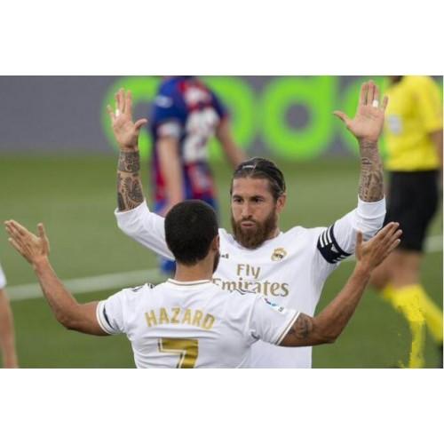 Vyhrát La Liga-Real Madrid 3-1