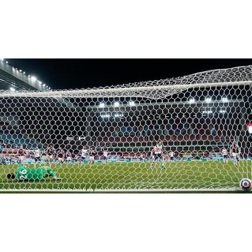 Horní karta Tottenhamu souhlasí s názorem Mourinha